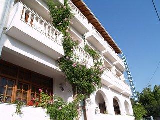 Aretousa Хотел, Град Скиатос