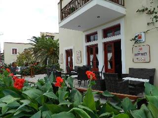 The Flower Of Monemvasia Хотел, Монемвасия