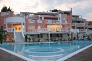 Belvedere Gerakas Lux. Suites Хотел, Василикос