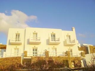Paolas Beach Хотел, Агиос Стефанос