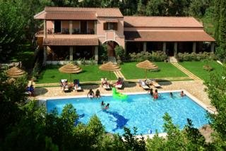 Corfu Club Хотел, Гувия
