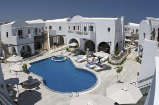 La Mer Хотел, Камари