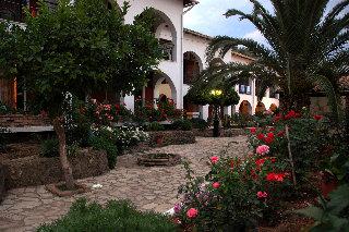 Iliada Beach Хотел, Гувия
