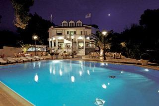 Poseidon Hotel, Kato Achaia