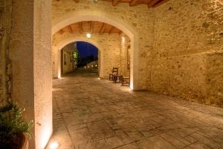Villa Myrtia, Ретимно град