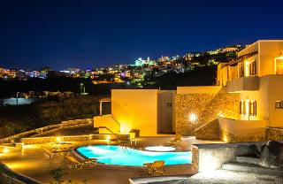Moonlight Apartments, Fira