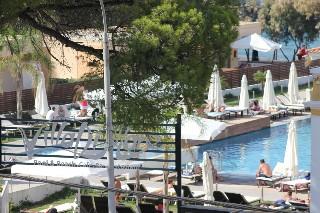 Filmar Hotel, Иксия