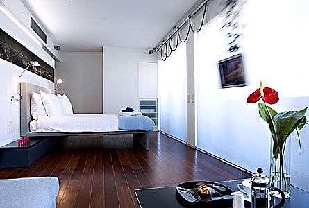 Periscope Hotel, Атина