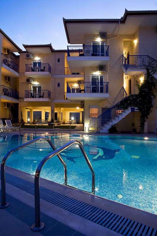 Stratos Hotel, Афитос