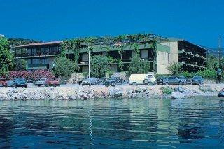 Alkyon Хотел, Град Скиатос