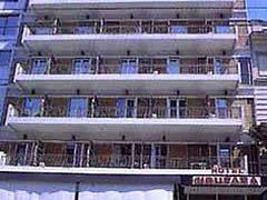 Noufara Хотел, Пирея