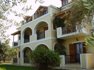 Kavos Psarou Studios And Apartments, Alykanas