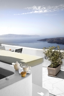 Adamis Majesty Suites Хотел, Fira